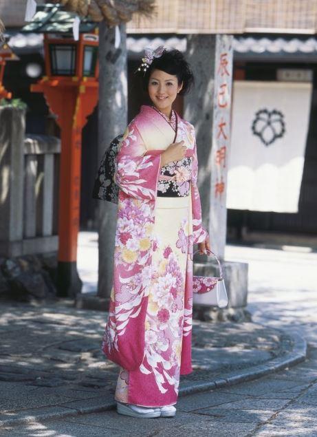 引用:http://ameblo.jp/mamma/entry-10319980879.html